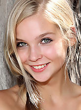 young nubiles, Sienna in Easy to Love